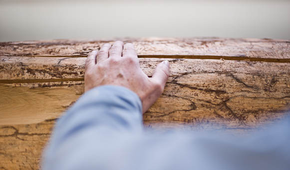 Sie bestimmen, wir fertigen! Drechslerei für RUNDES AUS HOLZ.Bestellen Sie bei uns exklusive Holzdrehteile wie unsere gebogenen Handläufe, die wir mit Hilfe von modernsten Holzdrehautomaten & CNC-Technologie herstellen.Für individuelle Anforderungen arbeiten wir nach alter Tradition auf klassischen Drechselmaschinen.
